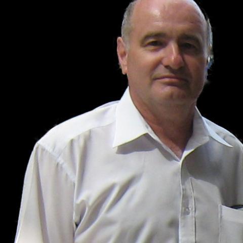 Laci, 63 éves társkereső férfi - Szarvas