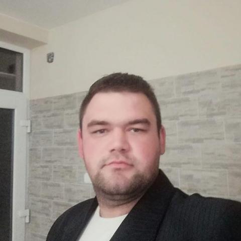 István, 28 éves társkereső férfi - Baracs