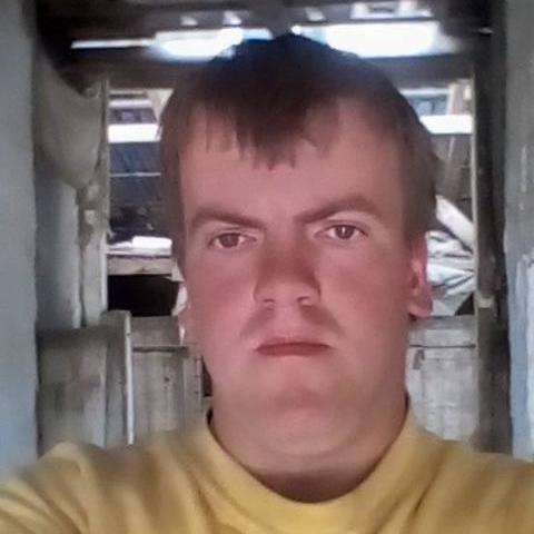 Ádám, 23 éves társkereső férfi - Bodrogkeresztúr