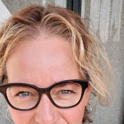 Helga, 45 éves társkereső nő - Baracs